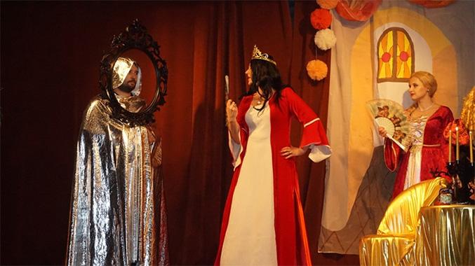 Królewna śnieżka i siedmiu krasnoludków - przedstawienie rodziców naszych przedszkolaków
